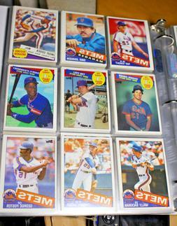 1985 Topps New York Mets Team Baseball Cards Set in Binder S