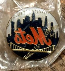 NEW YORK METS*** OFFICIAL LAPEL PIN TEAM LOGO NOS Shea Stadi