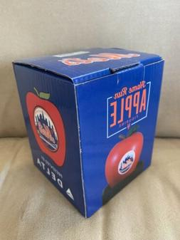 New York Mets SGA 2018: HR Apple Figurine